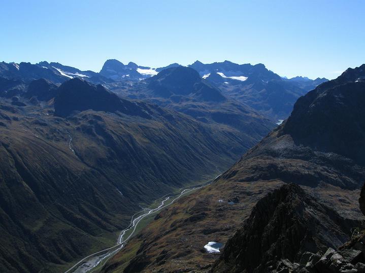 Foto: Andreas Koller / Klettersteig Tour / Klettersteig Silvapark (2671 m) / Piz Buin (3312 m)  / 10.10.2009 14:32:33