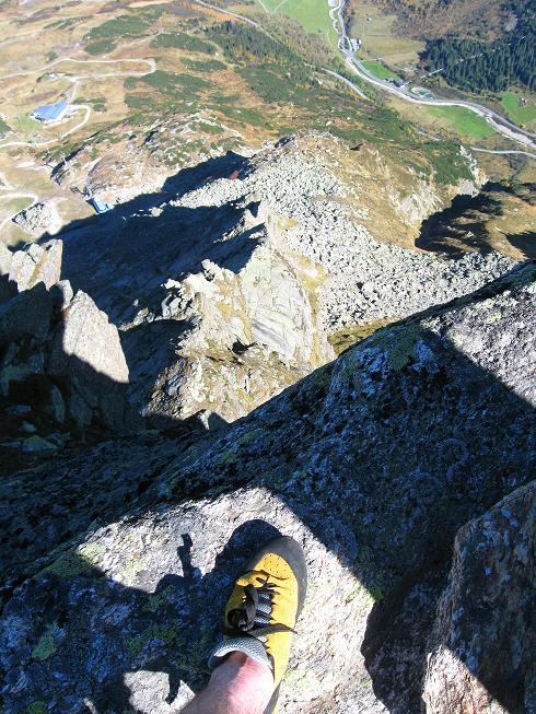Foto: Andreas Koller / Klettersteig Tour / Klettersteig Silvapark (2671 m) / Luftige Ausblicke / 10.10.2009 14:31:54
