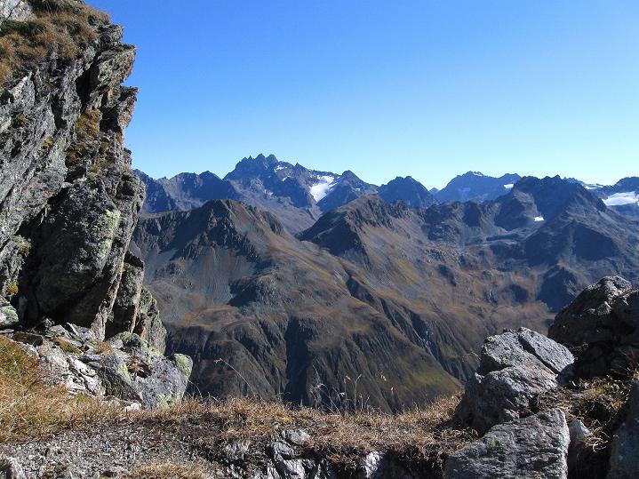 Foto: Andreas Koller / Klettersteig Tour / Klettersteig Silvapark (2671 m) / Das Fluchthorn im O (3399 m) / 10.10.2009 14:28:49