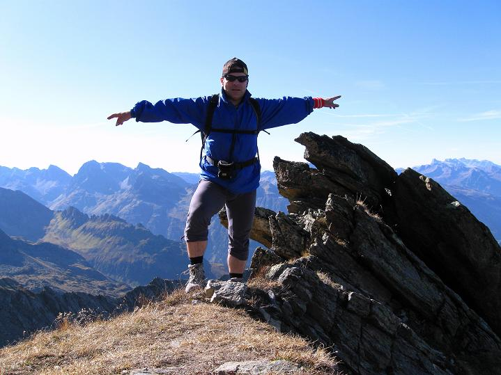Foto: Andreas Koller / Klettersteig Tour / Klettersteig Silvapark (2671 m) / Abstieg am NW-Grat / 10.10.2009 14:26:26