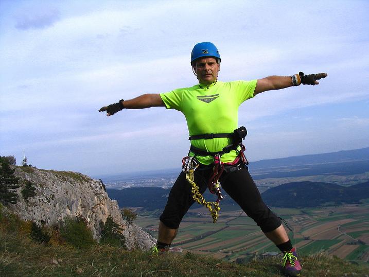Foto: Andreas Koller / Klettersteig Tour / Frauenluckensteig und Völlerinsteig (892m) / Am Plateau der Hohen Wand / 10.10.2009 00:44:30