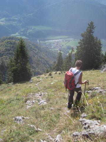 Foto: Wolfgang Lauschensky / Wander Tour / Schwarzerberg-Runde von Unterscheffau / Beginn des Südhangabstieges / 09.10.2009 18:32:20