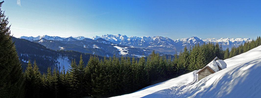 Foto: vince 51 / Schneeschuh Tour / Hohe Kugel / Blick zum Rätikon / 12.10.2009 23:09:39