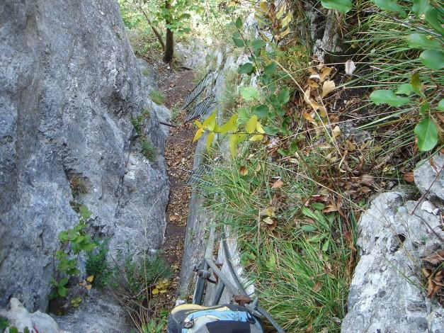 Foto: Manfred Karl / Klettersteig Tour / Klettersteig Burgstall / Leiternfolge von oben / 13.10.2009 21:48:33