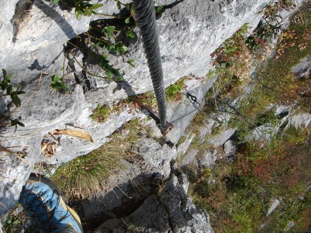 Foto: Manfred Karl / Klettersteig Tour / Klettersteig Burgstall / Aufgesteilte Steilstufe / 13.10.2009 21:48:09