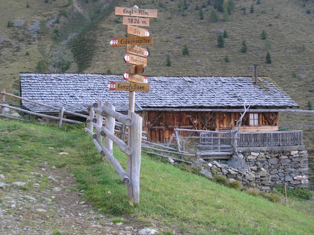 Foto: pepi4813 / Wander Tour / Von Terenten auf die Eidechsspitze / Engl Alm / 14.10.2009 20:45:17