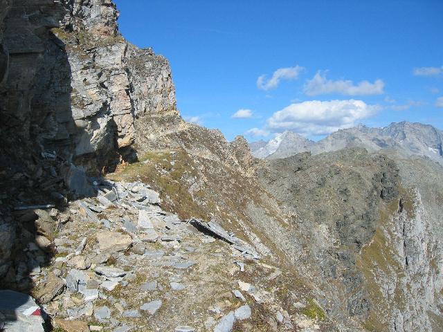 Foto: pepi4813 / Wander Tour / Vom Pfitschtal auf den Wolfendorn / Weg 3 unterhalb des Wolfendorns / 16.10.2009 10:25:22
