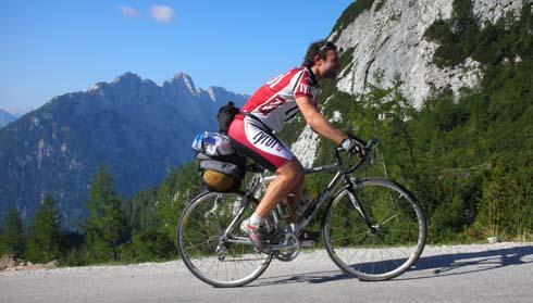 Foto: Bernhard Berger / Rad Tour / Rennradrunde durch die Karnischen- und Julischen Alpen / Auffahrt zum Vrsicpaß (Foto Christian Wührer) / 20.10.2009 20:28:35