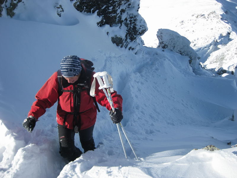 Foto: Wolfgang Lauschensky / Ski Tour / Pfaffenbichl 2431m / luftige Querung / 18.10.2009 18:12:14