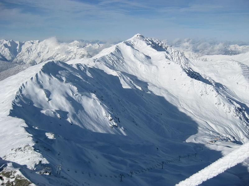 Foto: Wolfgang Lauschensky / Ski Tour / Pfaffenbichl 2431m / Gilfert über Hochfügener Pistengebiet / 18.10.2009 18:11:23