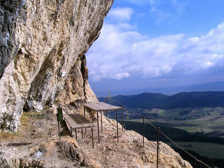 Foto: Andreas Koller / Klettersteig Tour / Hanselsteig und Leiterlsteig (870m) / Karnitsch-Stüberl / 19.10.2009 19:34:58