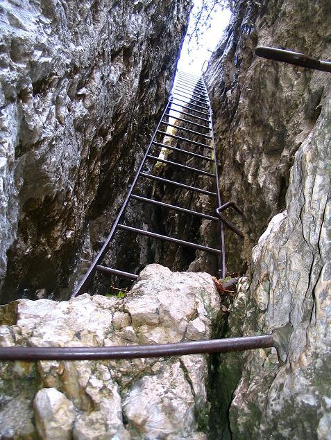 Foto: Andreas Koller / Klettersteig Tour / Hanselsteig und Leiterlsteig (870m) / 19.10.2009 19:33:49