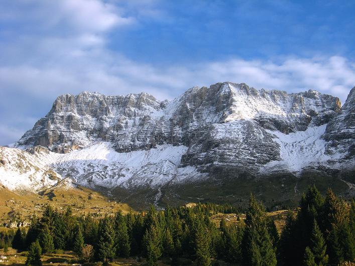 Foto: Andreas Koller / Klettersteig Tour / Leiternweg durch die Südwand auf den Montasch (2753m) / Das Ziel: der Montasch / 27.10.2009 22:24:17