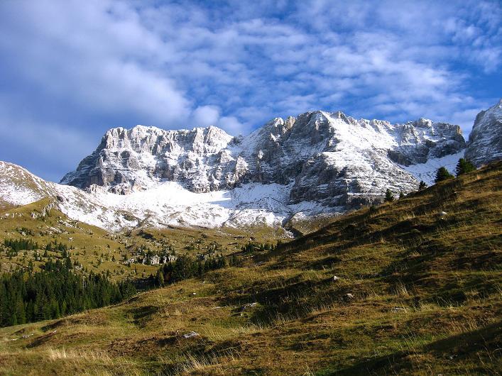 Foto: Andreas Koller / Klettersteig Tour / Leiternweg durch die Südwand auf den Montasch (2753m) / Montasch / 27.10.2009 22:23:04