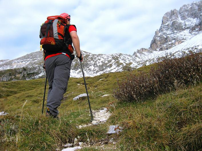 Foto: Andreas Koller / Klettersteig Tour / Leiternweg durch die Südwand auf den Montasch (2753m) / 27.10.2009 22:22:10