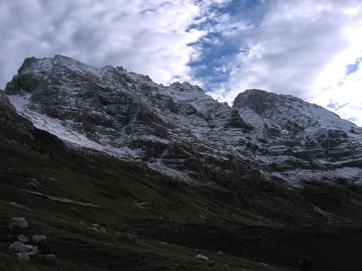 Foto: Andreas Koller / Klettersteig Tour / Leiternweg durch die Südwand auf den Montasch (2753m) / 27.10.2009 22:22:02