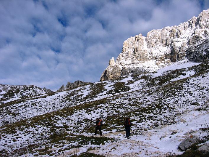Foto: Andreas Koller / Klettersteig Tour / Leiternweg durch die Südwand auf den Montasch (2753m) / 27.10.2009 22:21:11