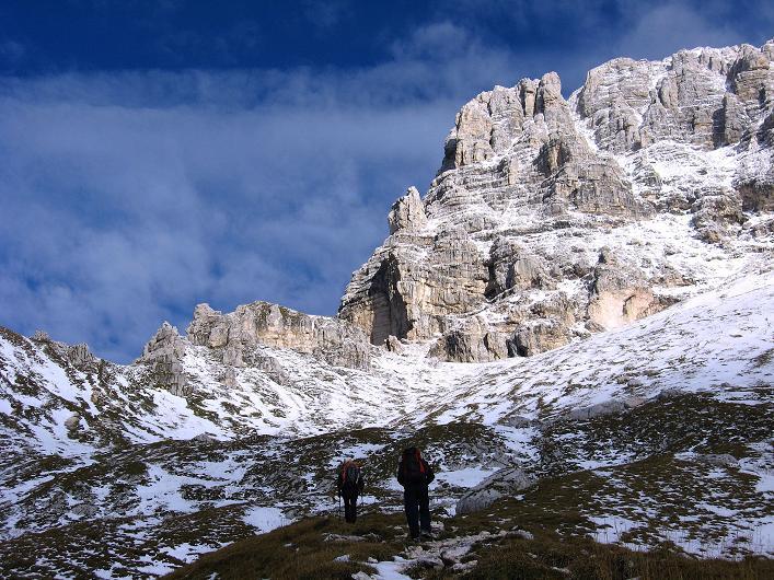 Foto: Andreas Koller / Klettersteig Tour / Leiternweg durch die Südwand auf den Montasch (2753m) / 27.10.2009 22:20:24