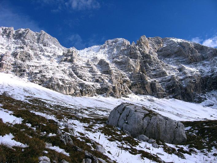 Foto: Andreas Koller / Klettersteig Tour / Leiternweg durch die Südwand auf den Montasch (2753m) / 27.10.2009 22:20:15