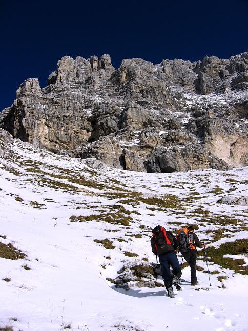 Foto: Andreas Koller / Klettersteig Tour / Leiternweg durch die Südwand auf den Montasch (2753m) / 27.10.2009 22:19:27