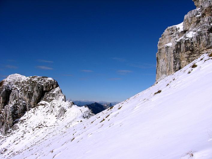 Foto: Andreas Koller / Klettersteig Tour / Leiternweg durch die Südwand auf den Montasch (2753m) / 27.10.2009 22:18:58