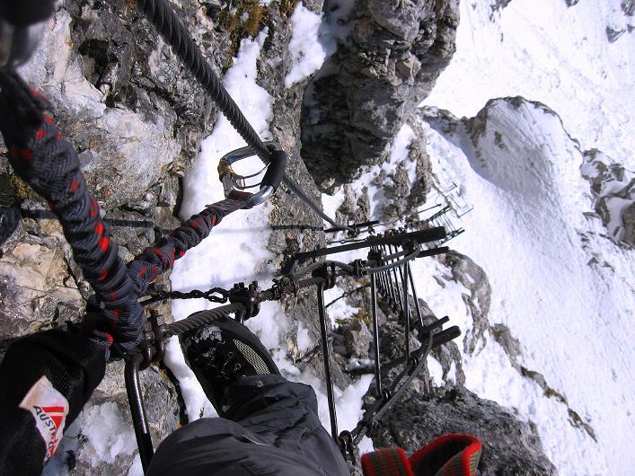 Foto: Andreas Koller / Klettersteig Tour / Leiternweg durch die Südwand auf den Montasch (2753m) / 27.10.2009 22:13:16