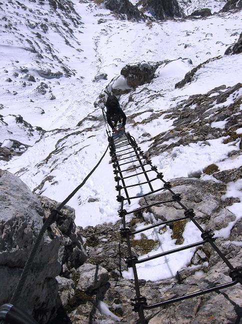 Foto: Andreas Koller / Klettersteig Tour / Leiternweg durch die Südwand auf den Montasch (2753m) / 27.10.2009 22:13:06