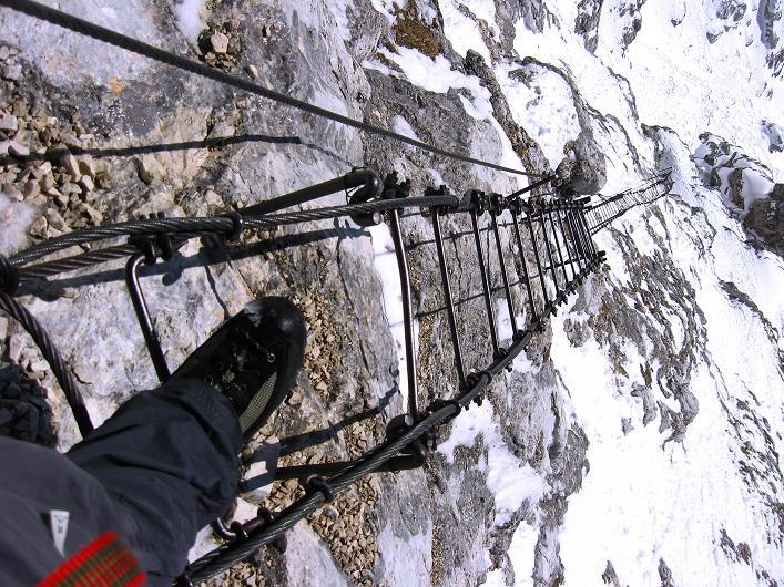 Foto: Andreas Koller / Klettersteig Tour / Leiternweg durch die Südwand auf den Montasch (2753m) / 27.10.2009 22:12:49