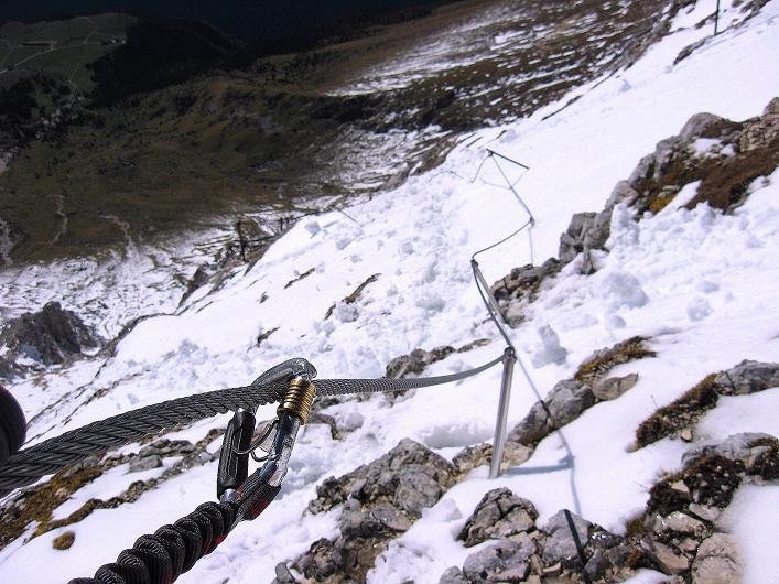 Foto: Andreas Koller / Klettersteig Tour / Leiternweg durch die Südwand auf den Montasch (2753m) / 27.10.2009 22:12:21