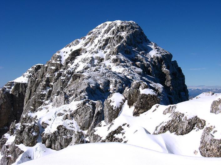Foto: Andreas Koller / Klettersteig Tour / Leiternweg durch die Südwand auf den Montasch (2753m) / Der Montasch vom Grat / 27.10.2009 22:09:03