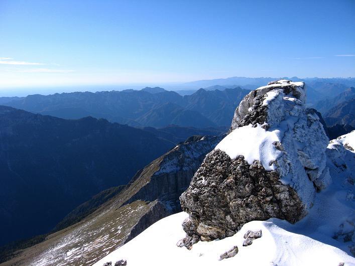 Foto: Andreas Koller / Klettersteig Tour / Leiternweg durch die Südwand auf den Montasch (2753m) / 27.10.2009 22:06:22