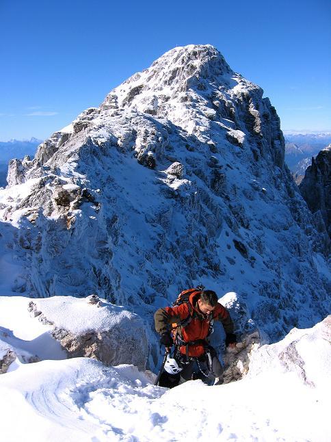 Foto: Andreas Koller / Klettersteig Tour / Leiternweg durch die Südwand auf den Montasch (2753m) / 27.10.2009 22:05:56
