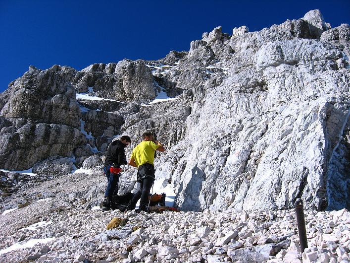 Foto: Andreas Koller / Klettersteig Tour / Leiternweg durch die Südwand auf den Montasch (2753m) / 27.10.2009 22:05:14