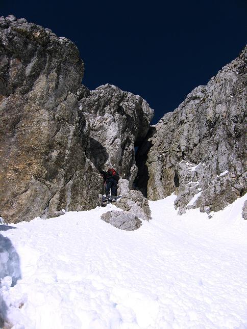 Foto: Andreas Koller / Klettersteig Tour / Leiternweg durch die Südwand auf den Montasch (2753m) / Nach der Leiternpassage im Abstieg / 27.10.2009 22:05:03