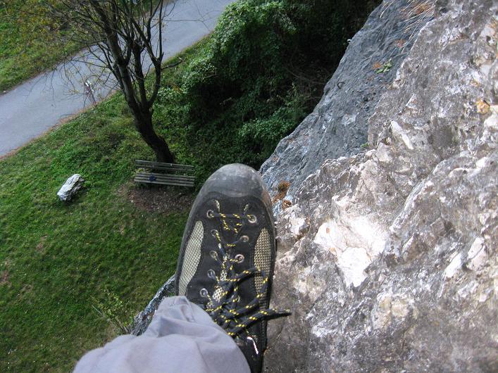 Foto: Andreas Koller / Klettersteig Tour / Koflwand Klettersteig (680 m) / Die ausgesetzte Rampenquerung / 26.10.2009 16:13:24