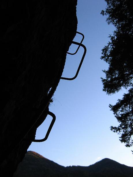 Foto: Andreas Koller / Klettersteig Tour / Koflwand Klettersteig (680 m) / Der anstrengende Überhang / 26.10.2009 16:12:54