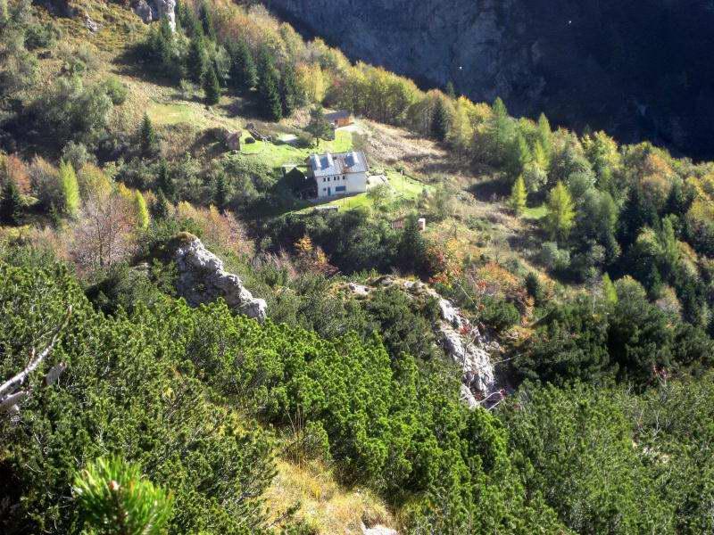 Foto: Wolfgang Lauschensky / Klettersteig Tour / Monte Schiara - Überschreitung Ferr. Sperti - Berti - Marmol / Rifugio Alpini 7° / 31.10.2009 01:03:03