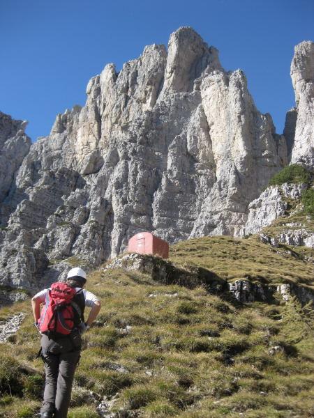 Foto: Wolfgang Lauschensky / Klettersteig Tour / Monte Schiara - Überschreitung Ferr. Sperti - Berti - Marmol / Biv.Sperti / 31.10.2009 00:59:15