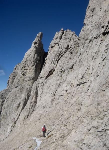 Foto: Wolfgang Lauschensky / Klettersteig Tour / Monte Schiara - Überschreitung Ferr. Sperti - Berti - Marmol / freies Gelände am Kamm / 31.10.2009 00:58:16