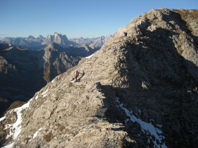 Foto: Wolfgang Lauschensky / Klettersteig Tour / Monte Schiara - Überschreitung Ferr. Sperti - Berti - Marmol / Anticima=Schiara-Ostgipfel / 31.10.2009 00:56:26