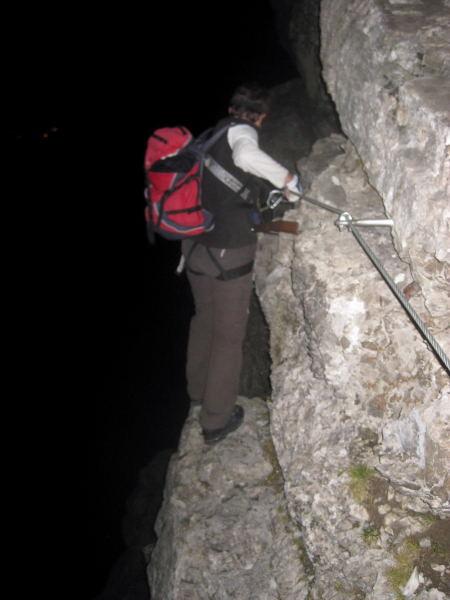 Foto: Wolfgang Lauschensky / Klettersteig Tour / Monte Schiara - Überschreitung Ferr. Sperti - Berti - Marmol / Nachtklettersteig Ferr.Marmol / 31.10.2009 00:55:43