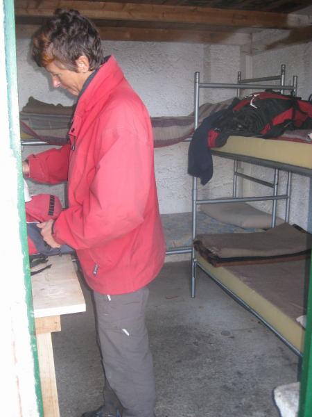 Foto: Wolfgang Lauschensky / Klettersteig Tour / Monte Schiara - Überschreitung Ferr. Sperti - Berti - Marmol / Winterraum Rif.Alpini 7° / 31.10.2009 00:55:31
