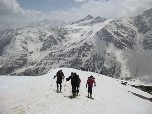 Foto: Wolfgang Lauschensky / Ski Tour / Cheget 3462m / Georgische Grenzberge / 01.11.2009 12:11:18