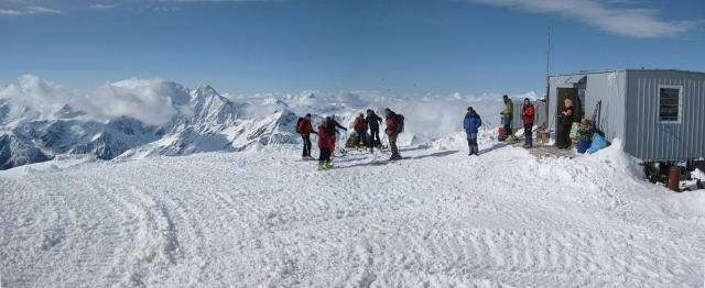 Foto: Wolfgang Lauschensky / Ski Tour / Elbrus 5642m  Winterbesteigung / der Küchencontainer / 01.11.2009 14:36:46