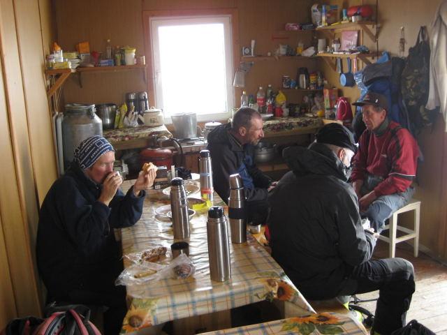 Foto: Wolfgang Lauschensky / Ski Tour / Elbrus 5642m  Winterbesteigung / Gourmandise / 01.11.2009 14:34:59