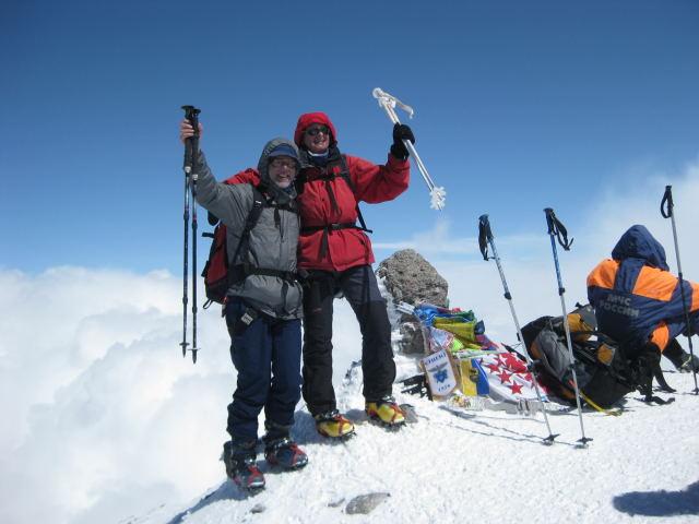 Foto: Wolfgang Lauschensky / Ski Tour / Elbrus 5642m  Winterbesteigung / Top of Europe 5642m / 01.11.2009 14:32:39