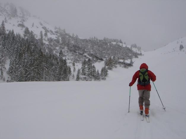 Foto: Manfred Karl / Ski Tour / Von Zauchensee auf den Roßkopf / Richtung Sattel unterwegs / 03.11.2009 20:05:22