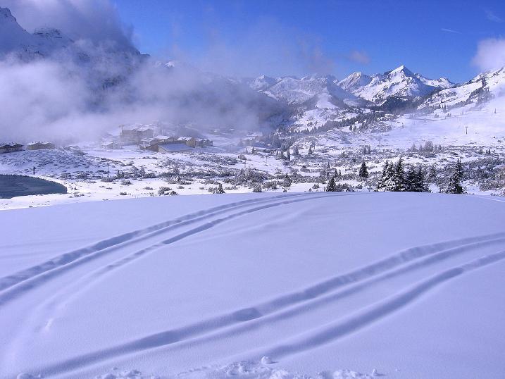 Foto: Andreas Koller / Ski Tour / Durchs Plattenkar auf die Plattenspitze (2294 m) / 08.11.2009 20:11:24