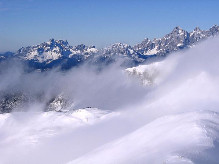 Foto: Andreas Koller / Ski Tour / Durchs Plattenkar auf die Plattenspitze (2294 m) / Bischofsmütze (2459 m) und Dachstein-Massiv / 08.11.2009 19:59:39
