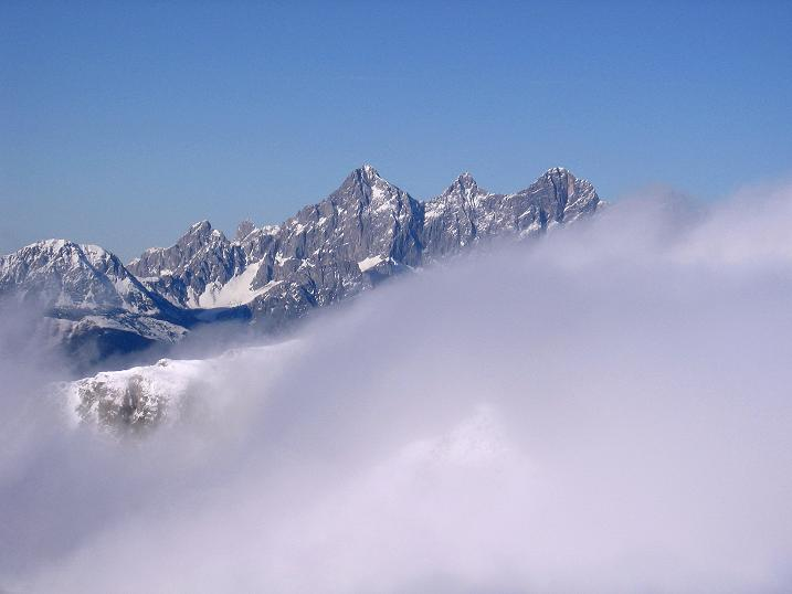 Foto: Andreas Koller / Ski Tour / Durchs Plattenkar auf die Plattenspitze (2294 m) / Blick auf den Dachstein (2996 m) / 08.11.2009 19:57:16